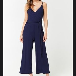 Navy Blue Ribbed Cami Jumpsuit 🚹